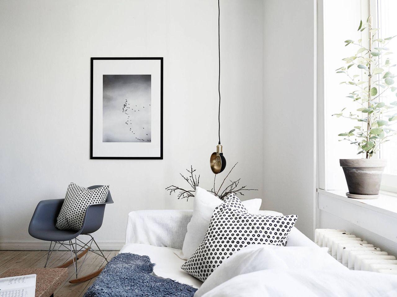 A light Scandinavian studio apartment (photography by Jonas Berg ...