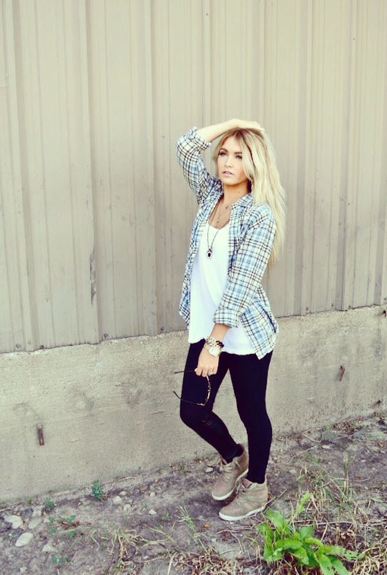 Flannel shirt and leggings  Pin by Paige McCullough on My Style  Pinterest  Clothes Fall