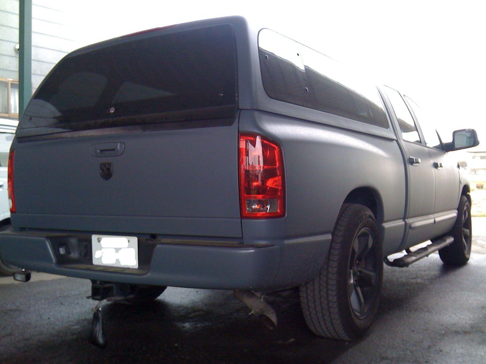 no446 ニックネーム しの メーカー名 車種 年式 ダッジラムトラック2006年式 アピールポイント 全塗装して約3年になります カラーは つや消しブルーグレーです ホイールは つや消しブラック 少し赤みがかってます です 車高はほんの少しさげ
