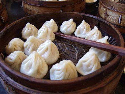 Baozi - Wikipedia, the free encyclopedia