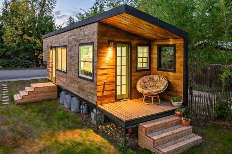 Build wooden bungalow Best tiny house, Small wooden