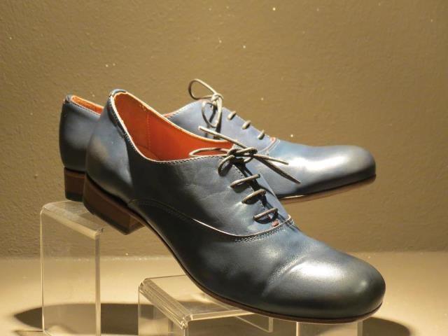 My new shoes. Bought at Sabbia shoes, Torino.