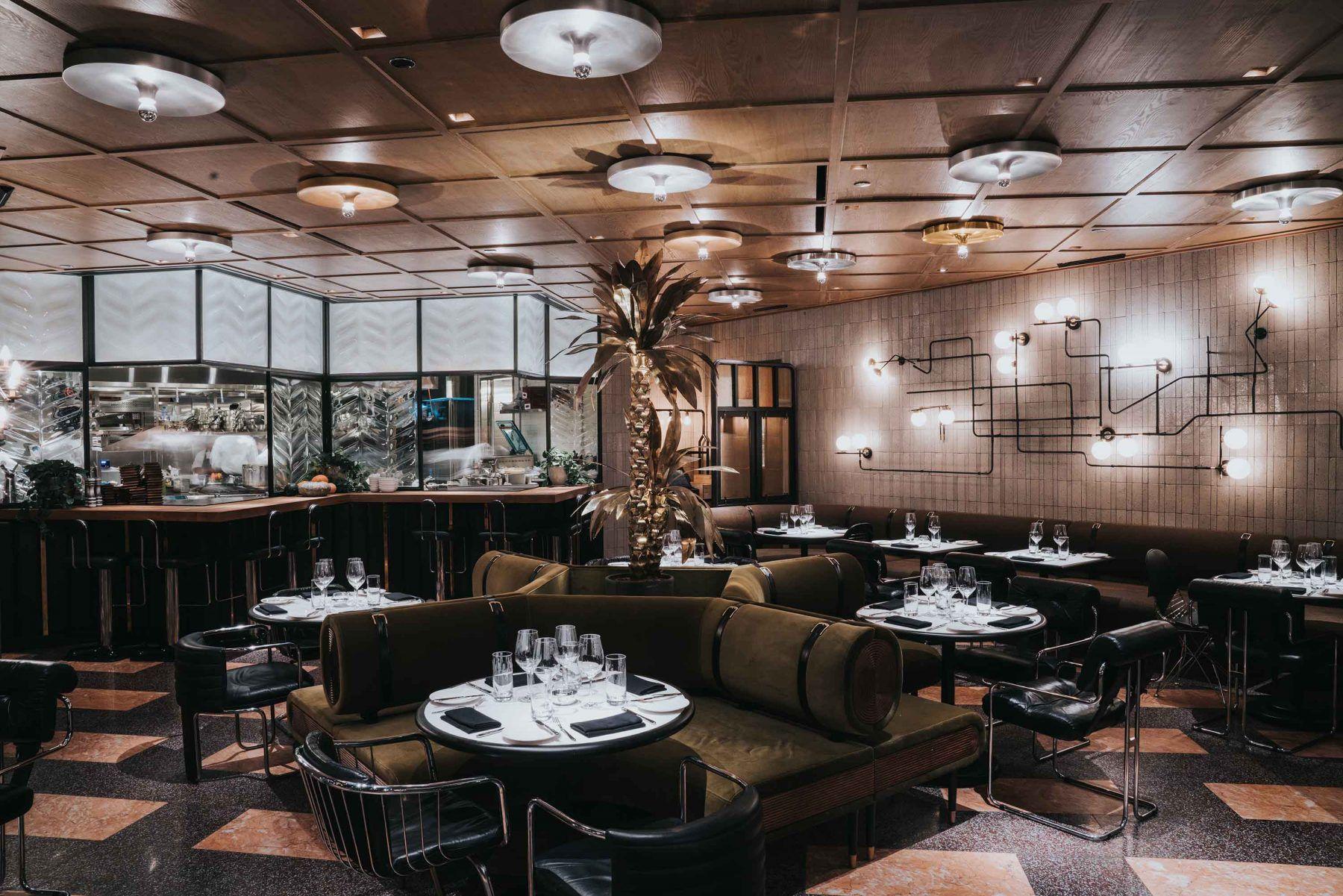 BANQUETTE DETAILING Custom Pinterest Restaurant bar Top