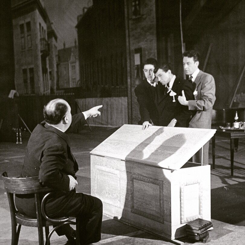 #AlfredHitchcock directs #FarleyGranger opening scenes, #Rope c1948. #BobLandry LIFE
