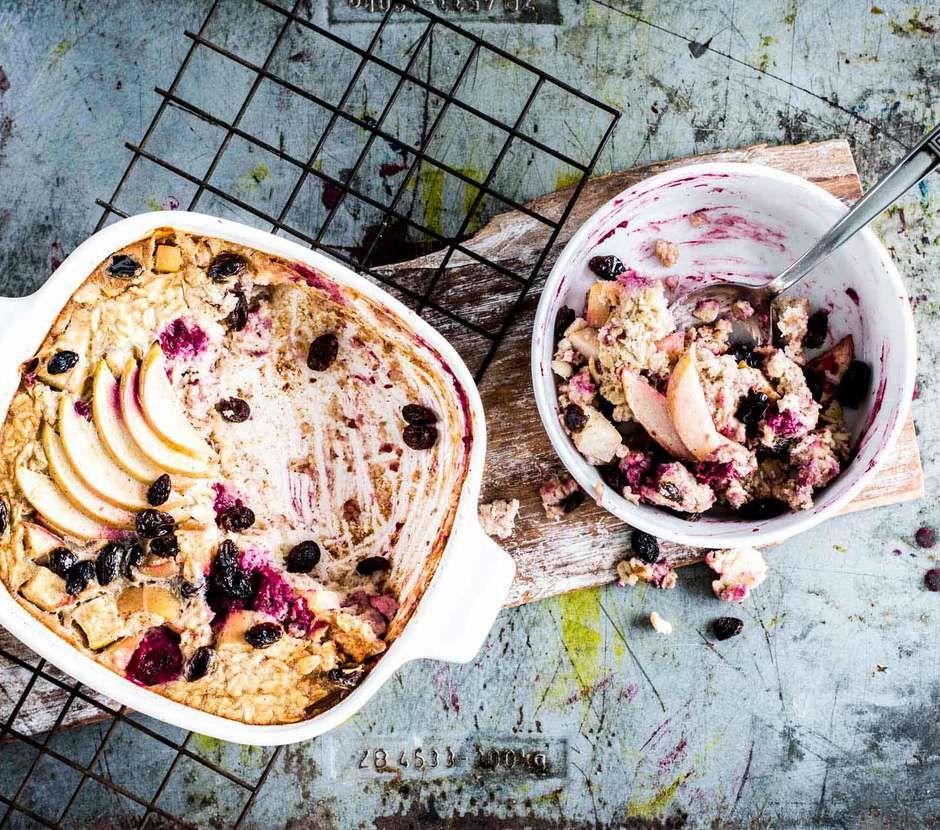 Apfel-Zimt-Porridge aus dem Ofen | FOODBOOM