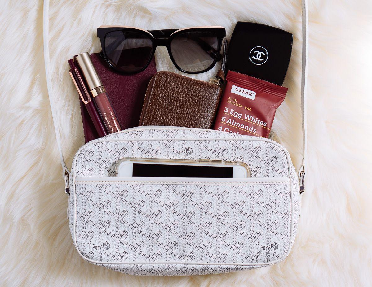 Loving Lately Goyard S Cap Vert Bag Is The Perfect Summer Crossbody Purseblog Bags Crossbody Bag Outfit Goyard Tote