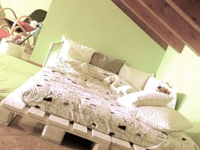 Idee Per La Camera Fai Da Te : Realizzare un letto con i pallet casa cameras and room