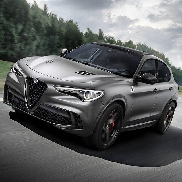 Alfa Romeo Stelvio Quadrifoglio Nring 2019 Italiana Exibe Duas