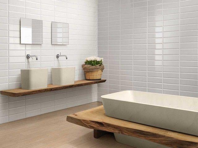 Bagni Con Piastrelle Bianchi : Rivestimenti bagno effetto legno o piastrelle bagno bagno