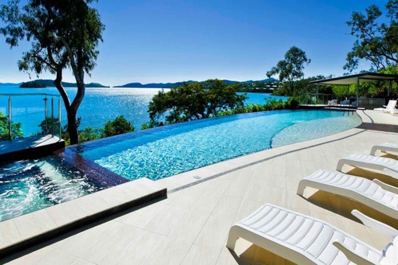 Shorelines 3 Hamilton Island Two Bedroom Inc Buggy Villas For