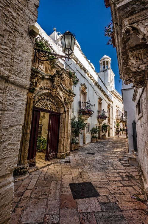Wondering in the streets of Locorotondo, Puglia, Italy