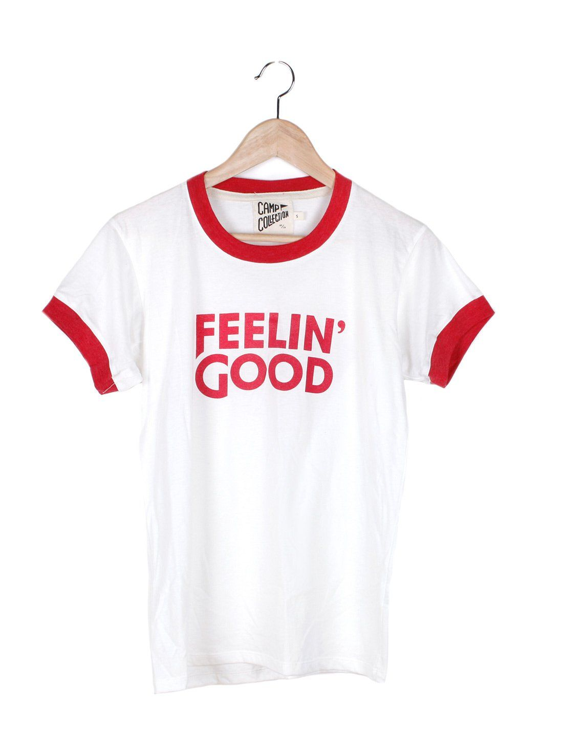 e188e11d9 You feel good... And we knew that you would! This tee is a must for anyone  who wants good vibes only. Details: 60% cotton. Relaxed fit.