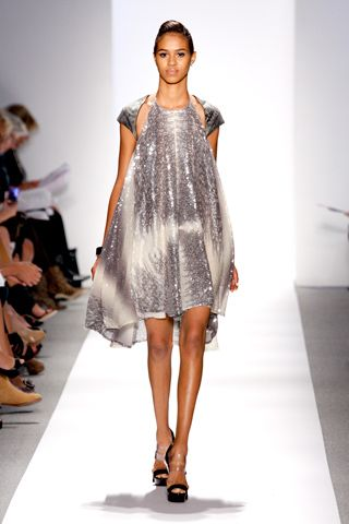 Spring 2011 Ready-to-Wear Dennis Basso