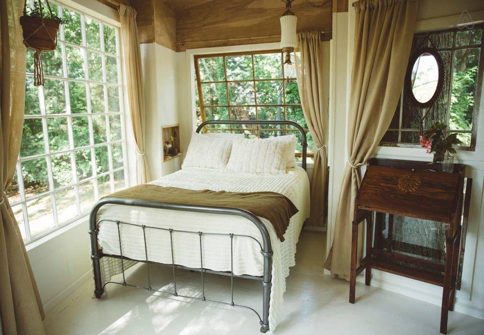 Beautiful Treehouse East Nashville in Nashville Bedroom