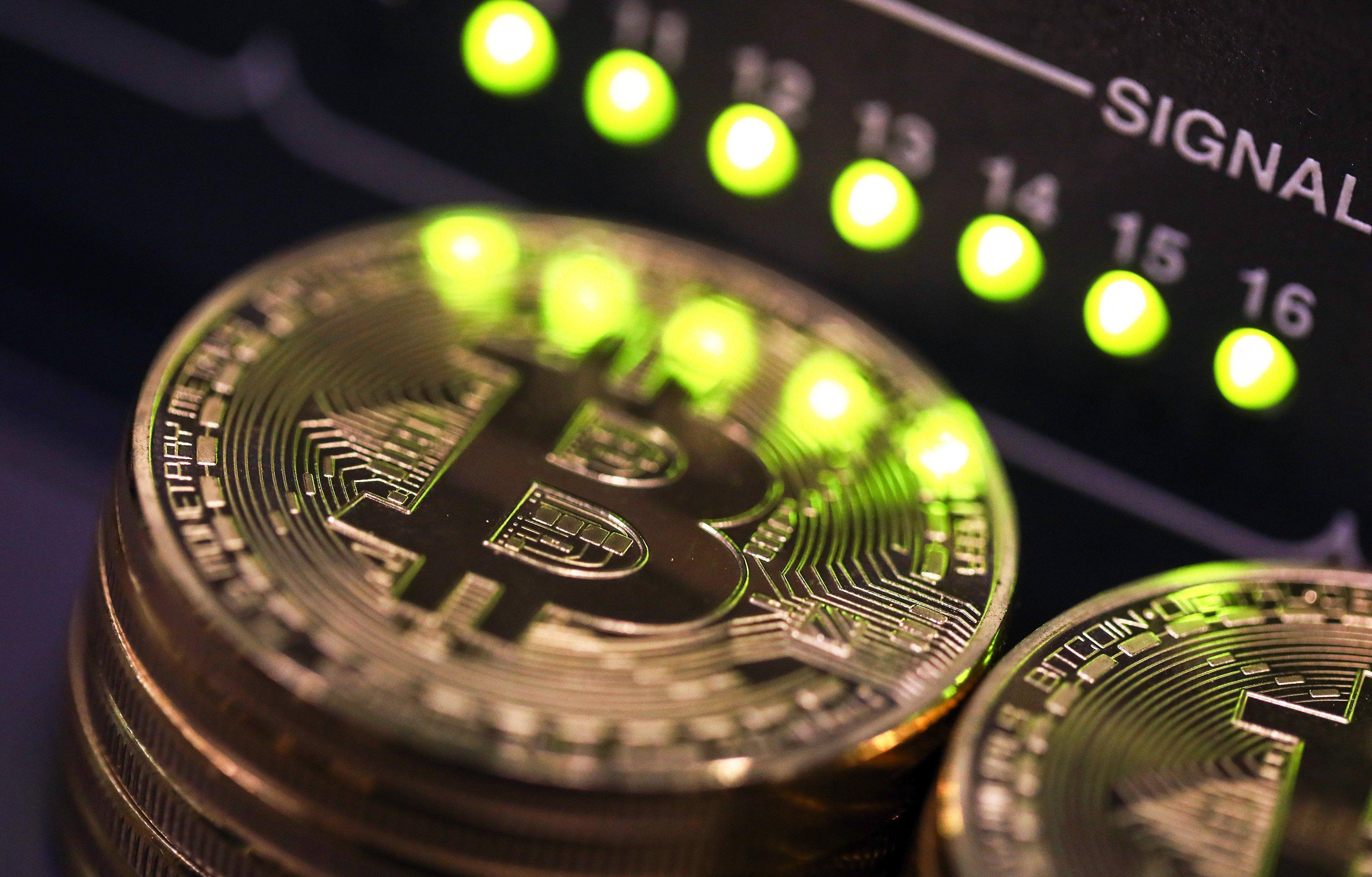 bitcoin surat di trading usb bitcoin minatore buy