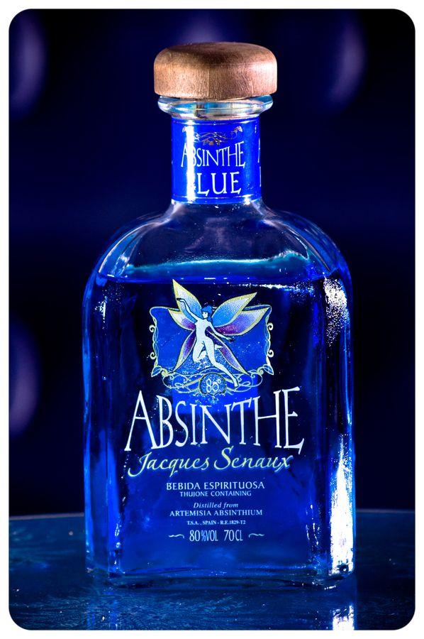 Botella de Absenta by César Diego Calvo, via 500px