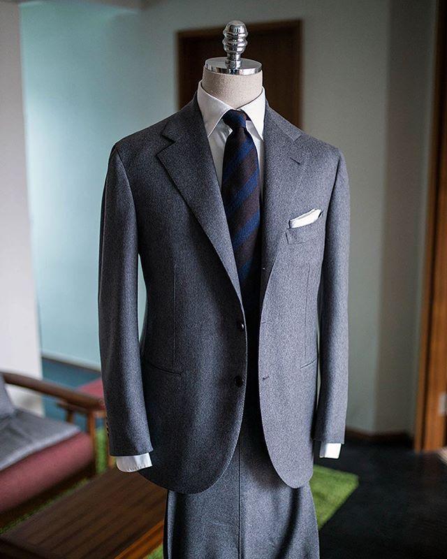 Grey flannel SB  #비앤테일러 #bntailor #bespoke #handmade #flannelsuit