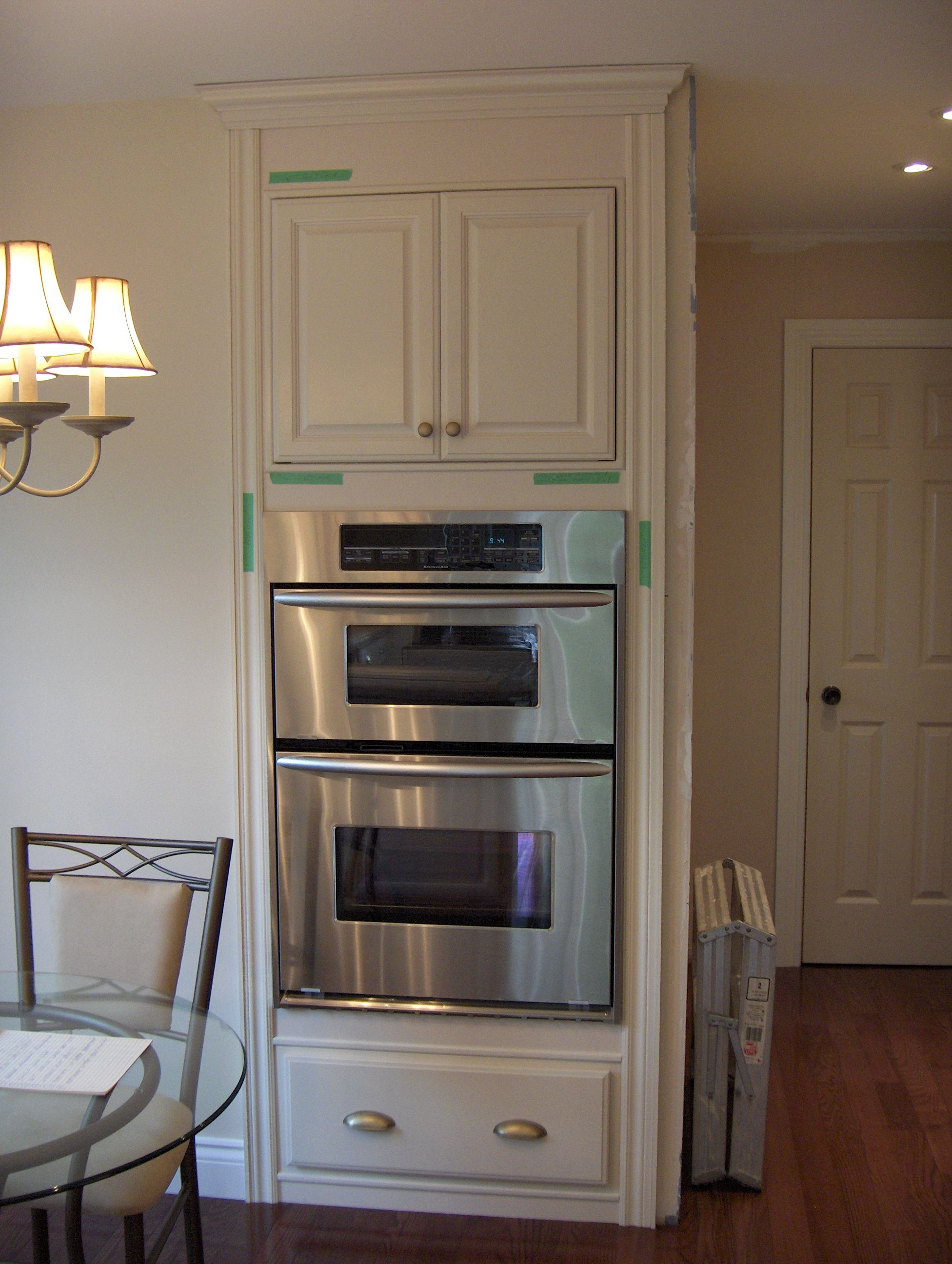 Off white glaze on maple cabinets from kraftmaid the for Kitchen cabinets 75 off