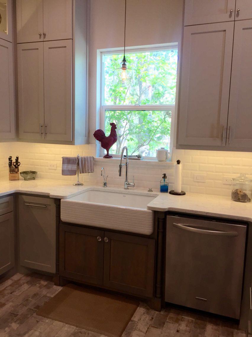 My New Kitchen Countertops Quartz Viatera Color Minuet