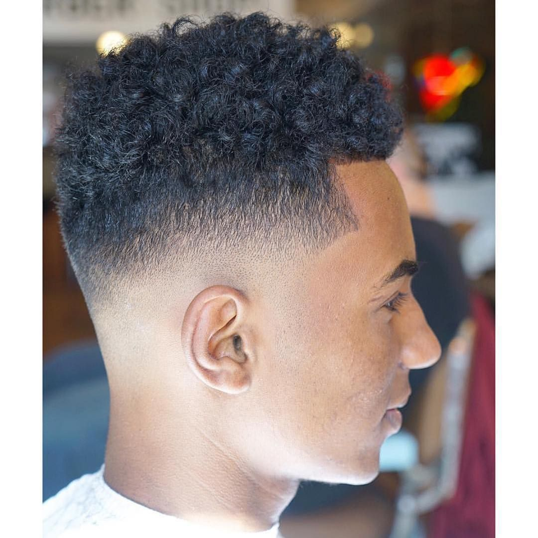 Nice 30 Extra Chic Sponge Curls Ideas For Men Easy And