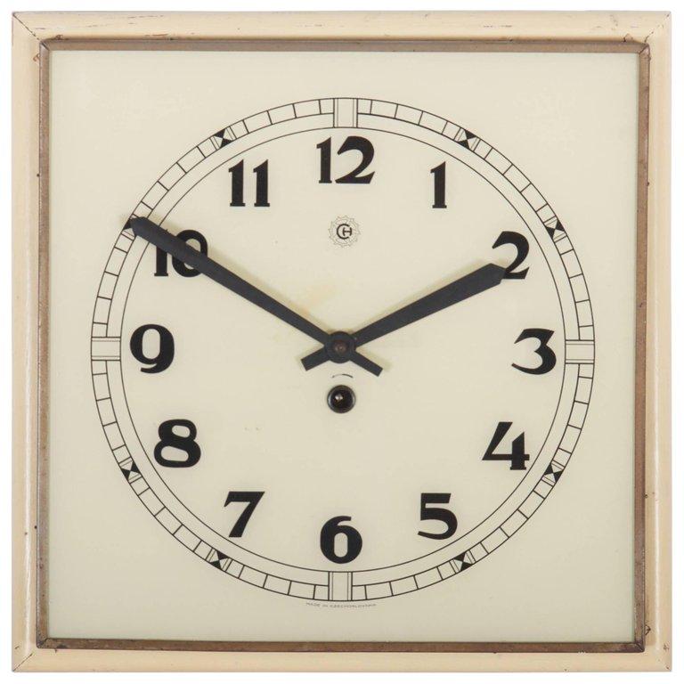 Art Deco Wall Clock In 2020 Wall Clock Wall Deco Clock