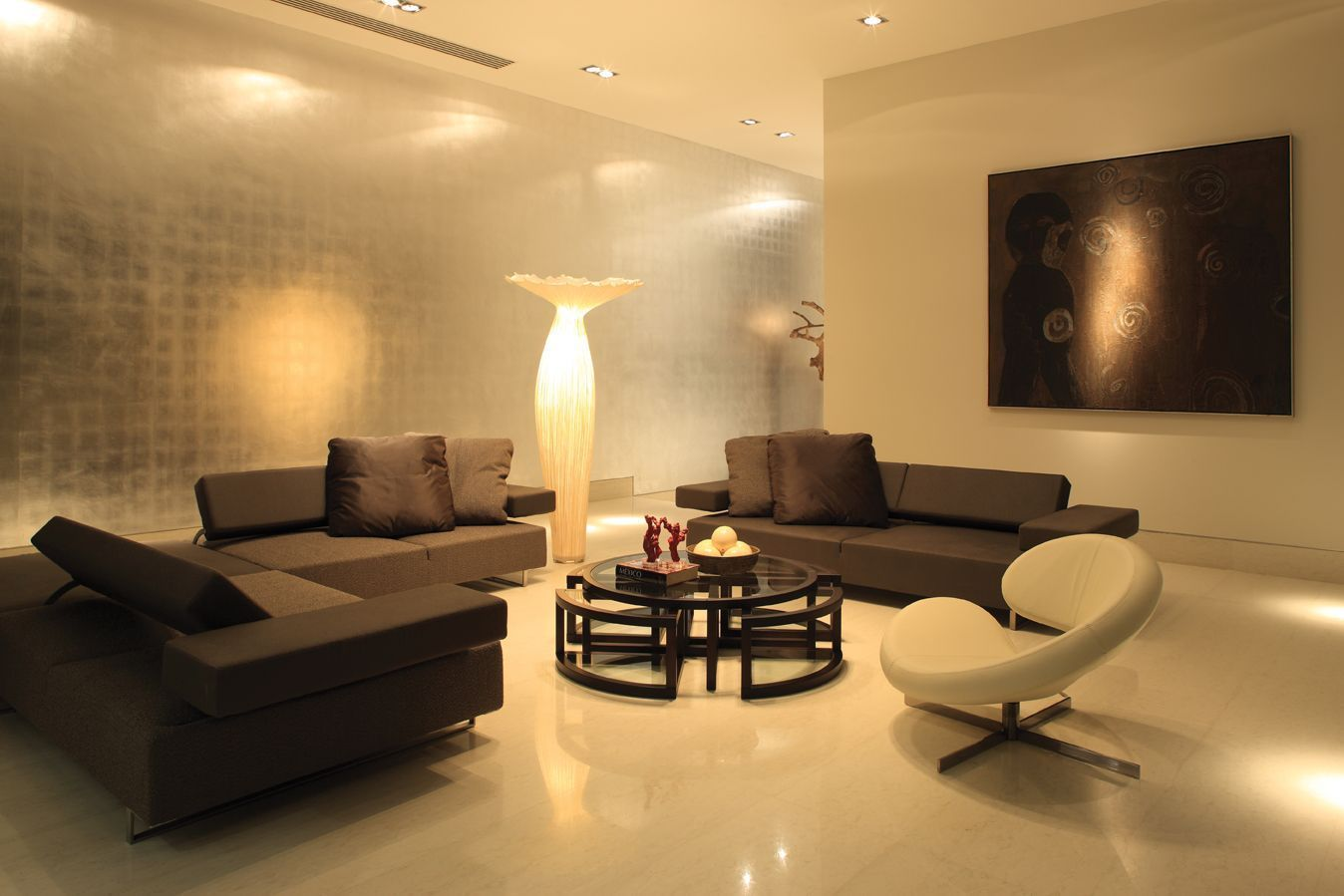 Trendy design modern living room with lighting accents trendy design ...