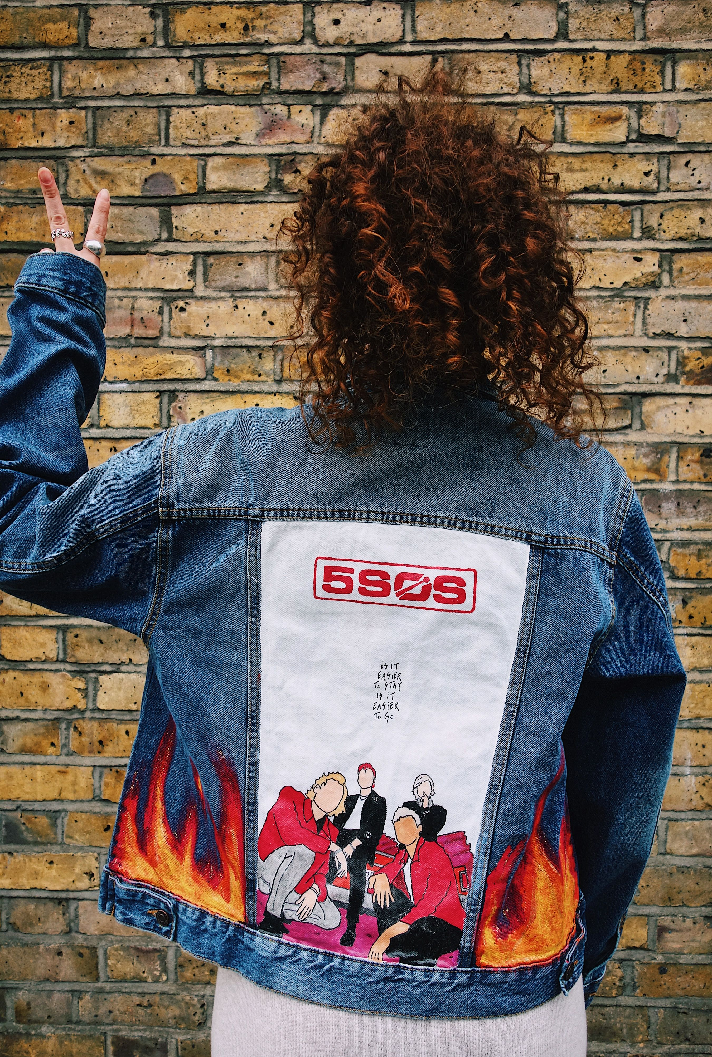 Pin By Ivana Castillo On 5 Seconds Of Summer In 2020 5sos
