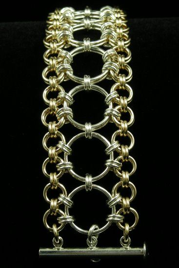 Japanese Chain Maille - looks harder than it is. 2x2 linked by large rings to another 2x2