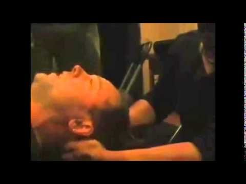 Funny Lars Ulrich Gets A Massage Backstage In Gothenburg, Sweden
