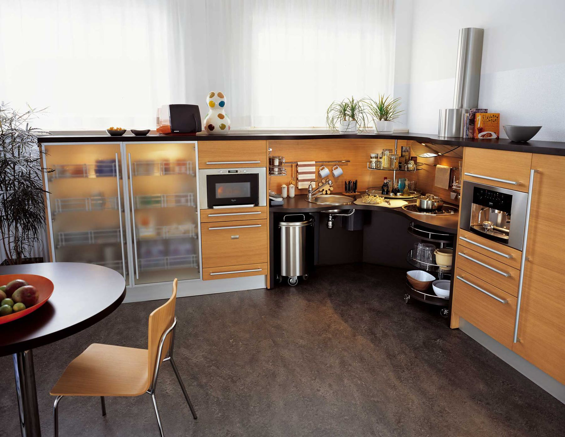 Attractive Ergonomic Italian Kitchen Design Suitable For Wheelchair Users