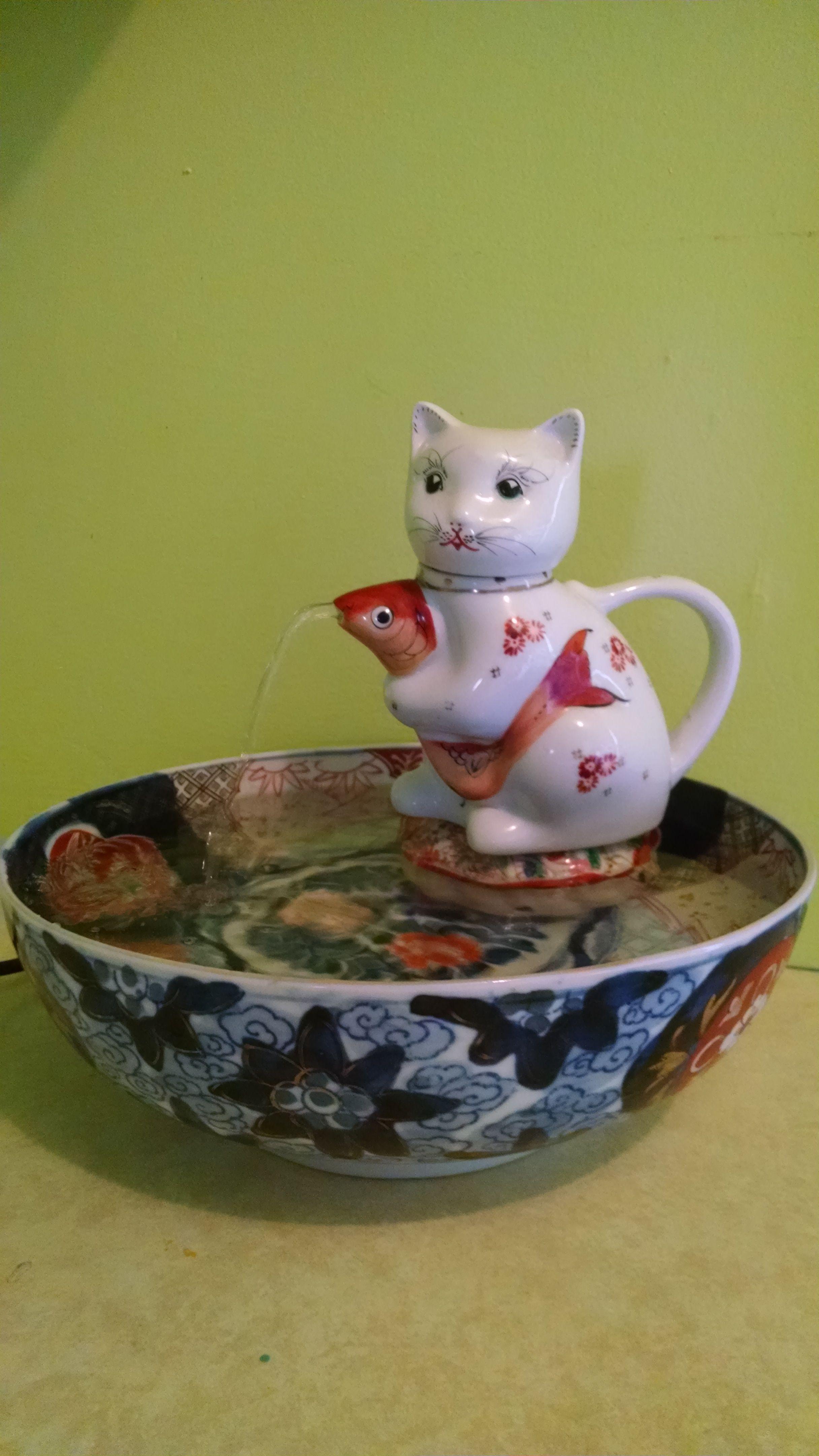 Kitty Fountain Cat Fountain Cat Water Fountain Diy Water Fountain