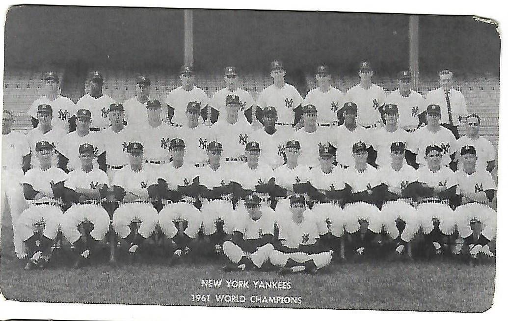 1961 new york yankees team picture with autographs on back