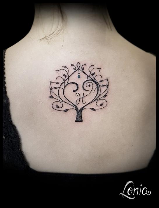 tatouage lonia tattoo arbre de vie ornemental coeur. Black Bedroom Furniture Sets. Home Design Ideas