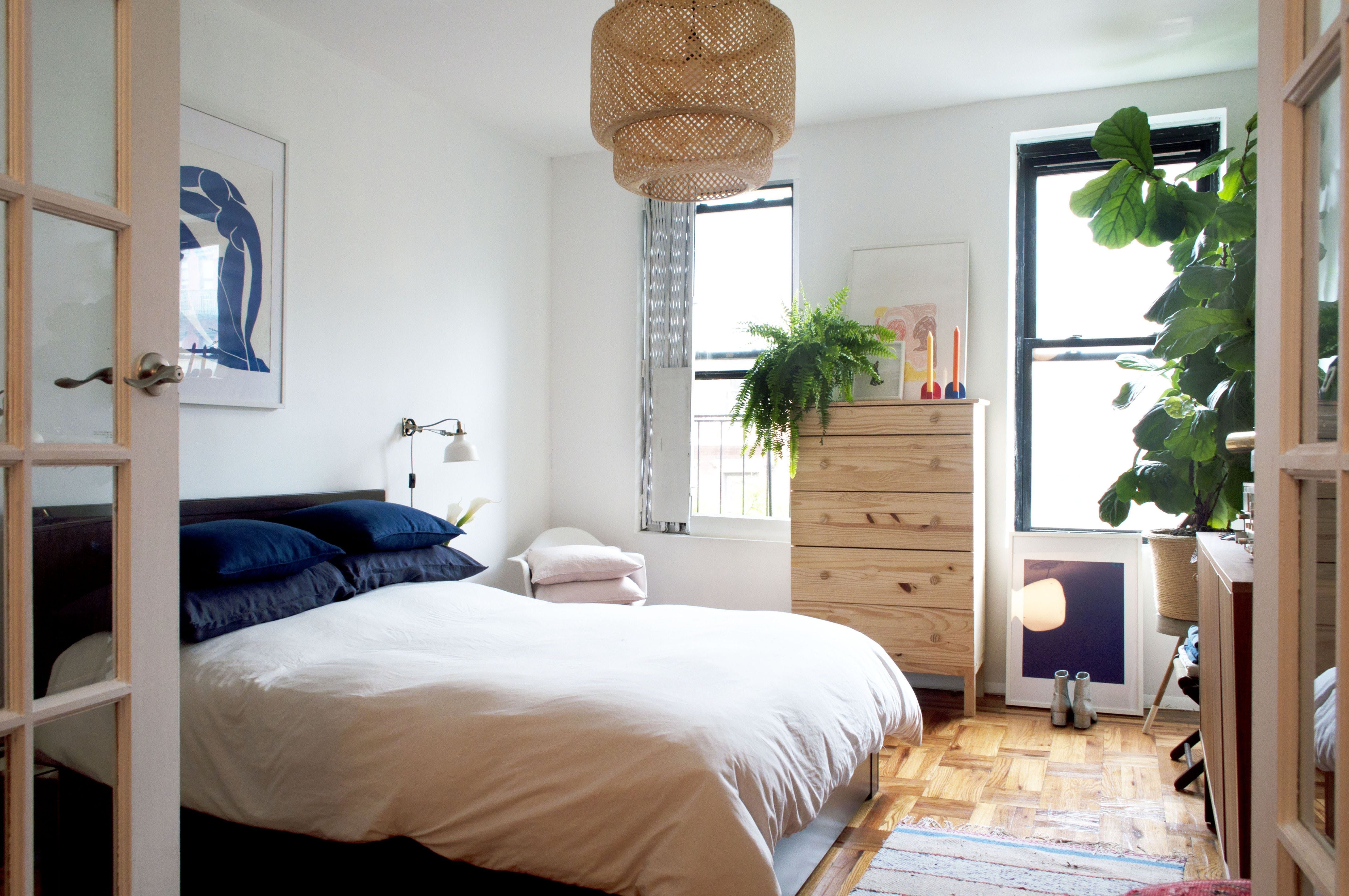 A 600SquareFoot Railroad Apartment in Alphabet City