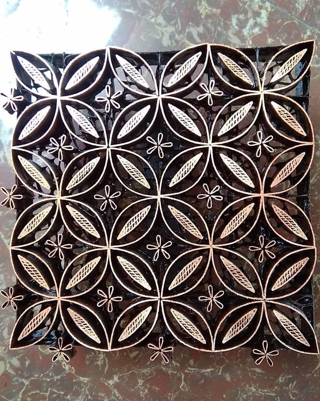 Desain Batik Sederhana : desain, batik, sederhana, Batik, Tulis, Motif, Kawung, Busana, Batik,, Desain