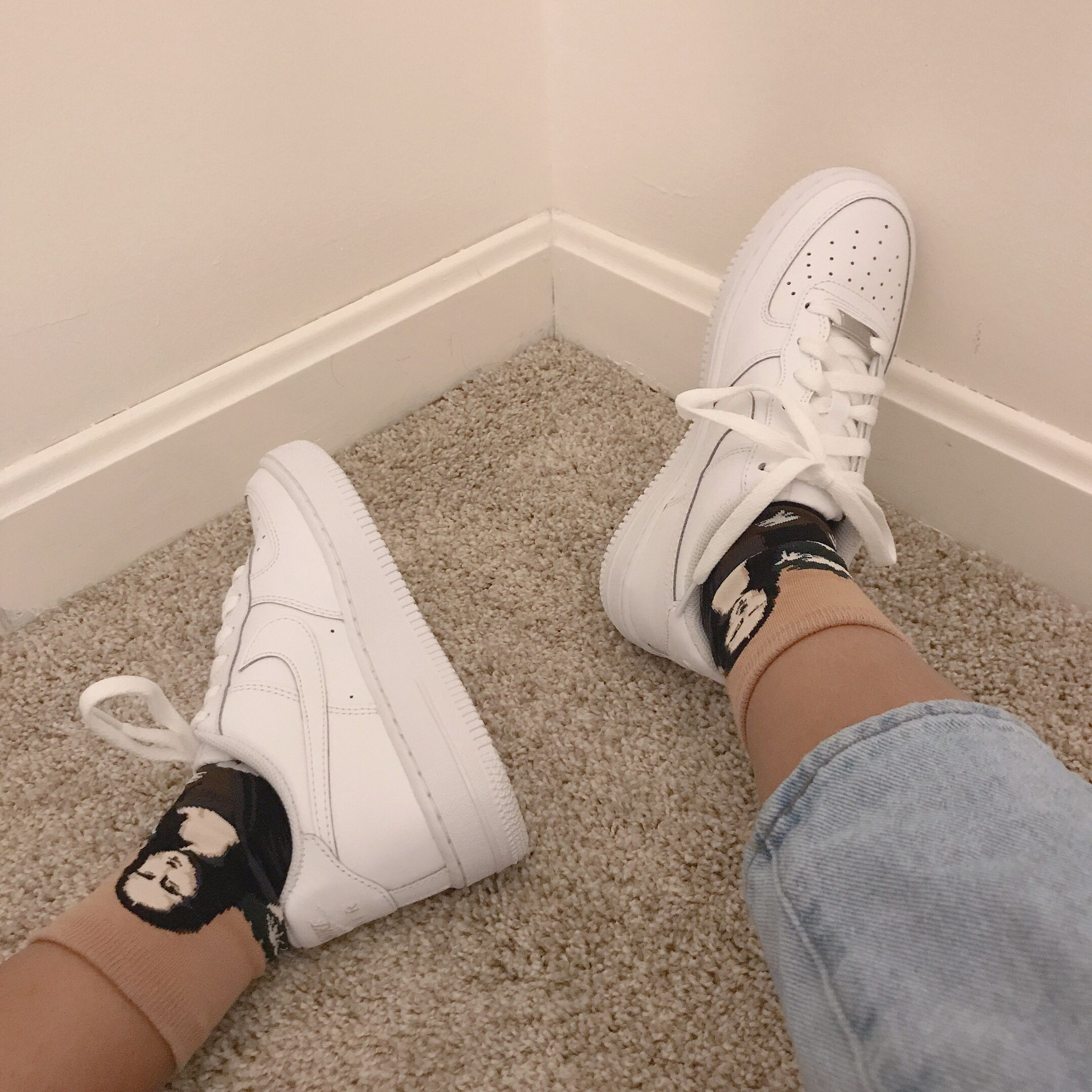 Nikeairforce #aesthetic #whitesneakers #arthoe #socks