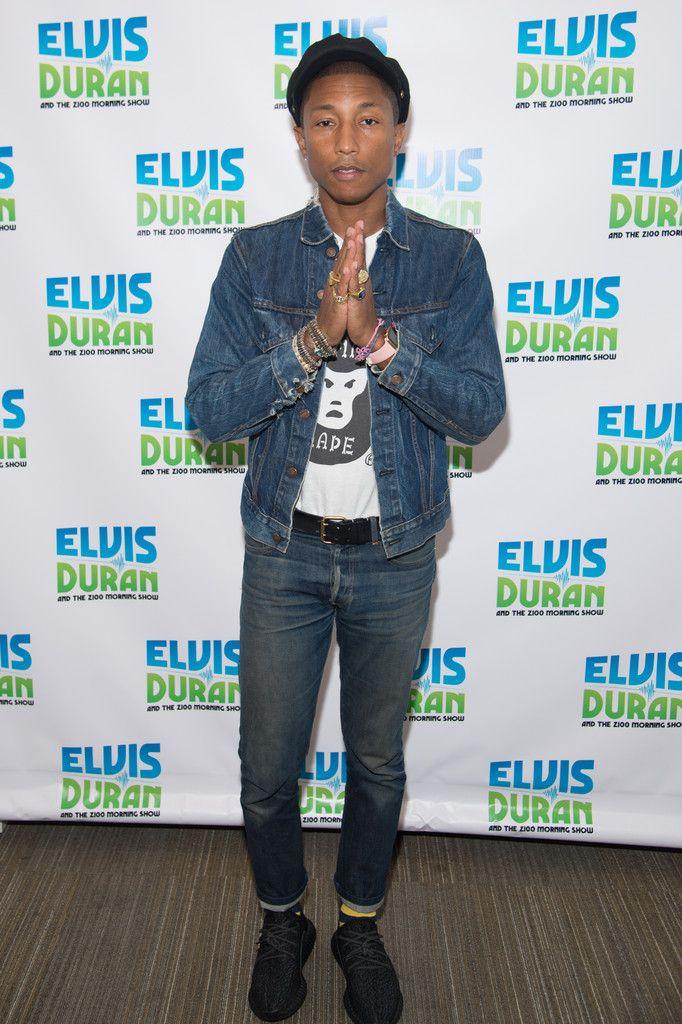 374da1e6b Pharrell Williams Wears Apple Watch