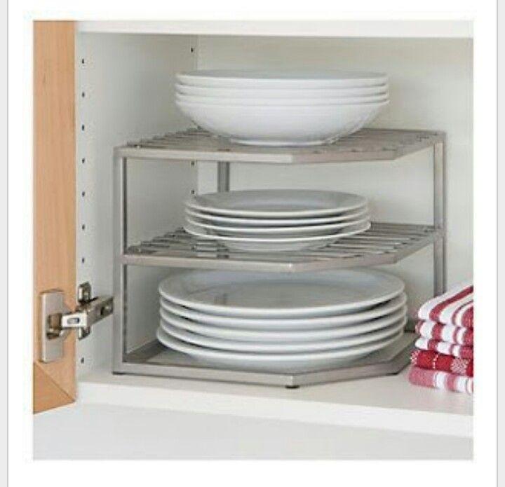 Estos estantes son fantasticos para no apilar los platos unos encima de  otros mezclando los tipos. Sin necesitad de tornillos ni baldas 257f04e48384