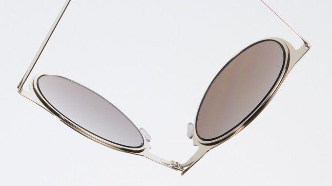 8d9d32f7d6 ROAV - World s Thinnest Folding Sunglasses by Max Greenberg — Kickstarter