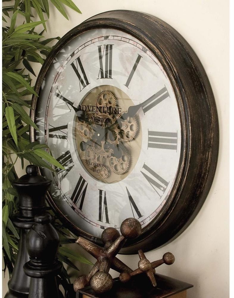 Battery Operated Vintage Round Wall Clock With Black Roman Numerals