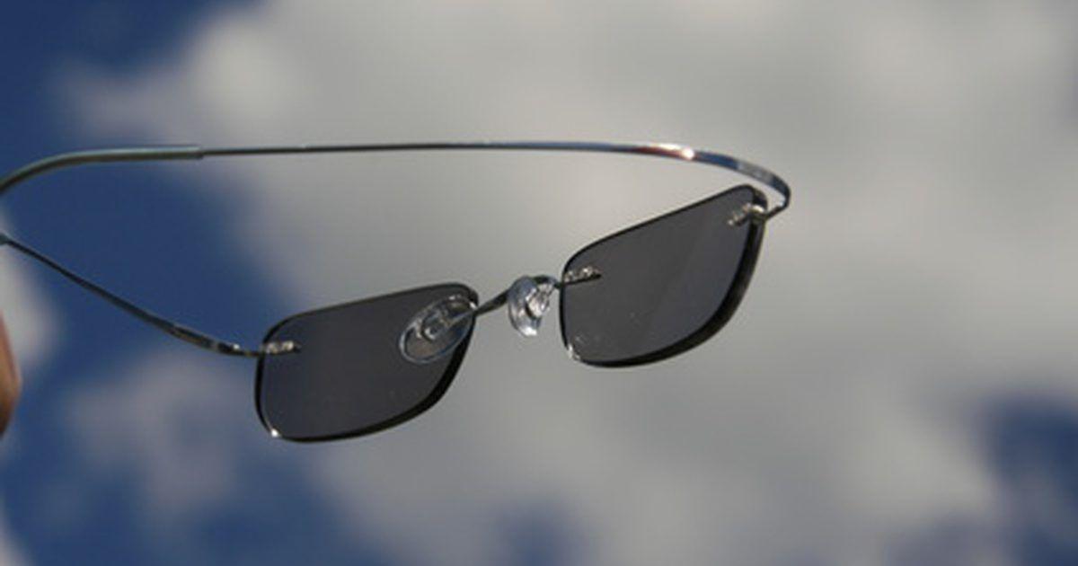 153cf10570 Cómo reconocer las imitaciones de lentes para sol. Cómo reconocer las  imitaciones de lentes para