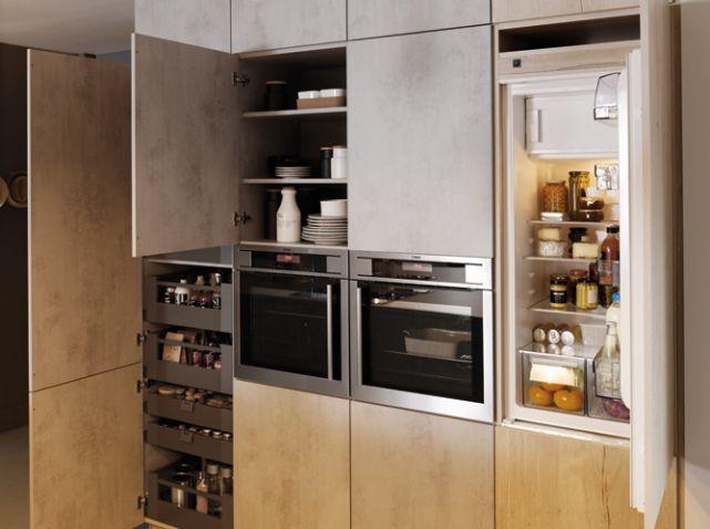 Réfrigérateur Caché Dans Le Placard