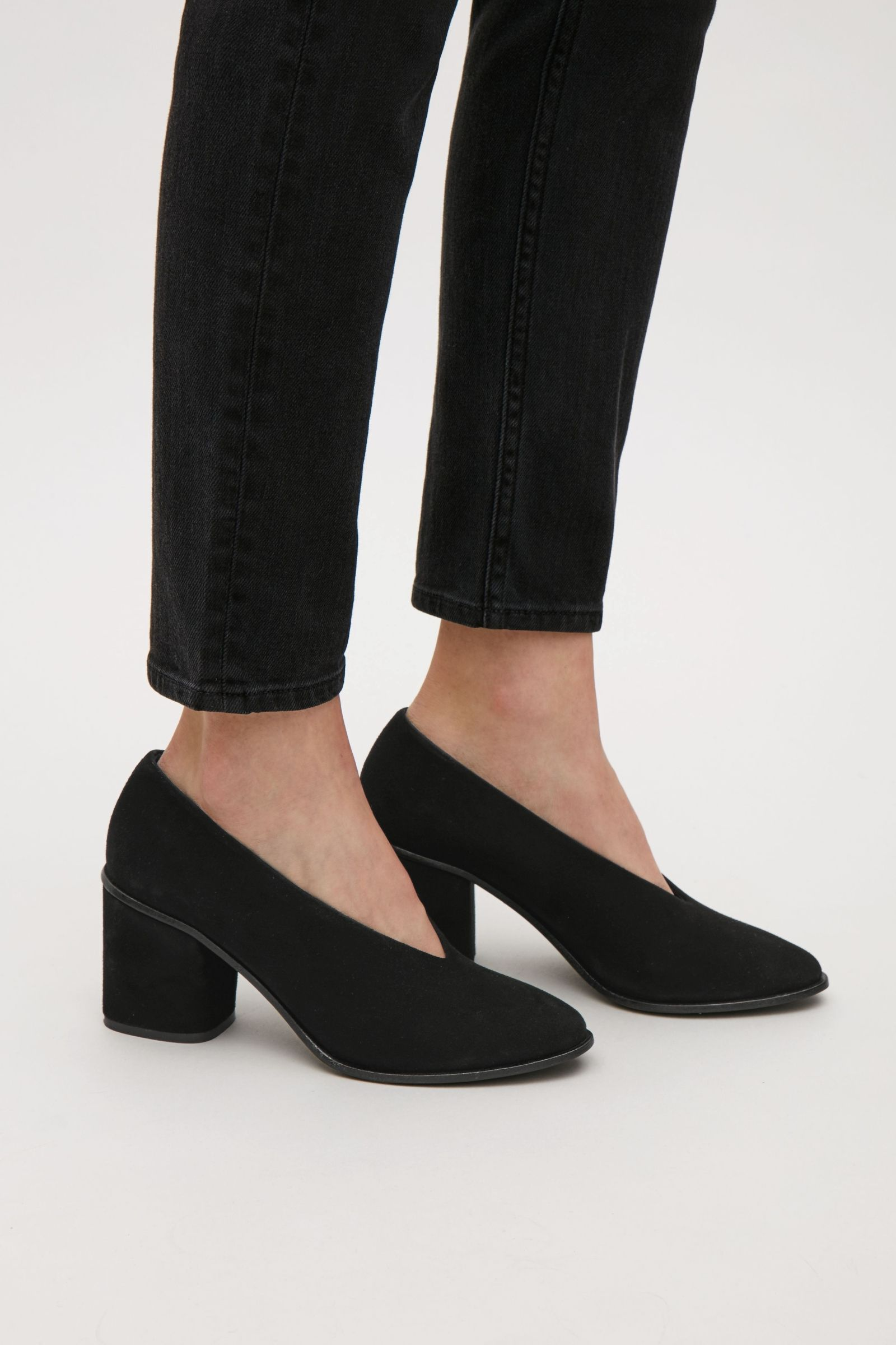 22b8f9af8ba COS image 2 of Chunky heel suede pumps in Black