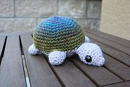 Amigurumi Turtle / Tiny Turtle pattern by Lion Brand Yarn