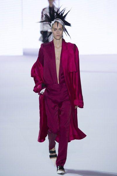 Haider Ackermann Spring 2017 Ready-to-Wear Fashion Show 4f10e85c2eb