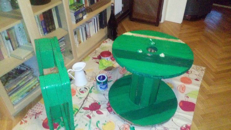 Green Balcony Pallet Table / Seating,  Green Balcony Pallet Table / Seating,