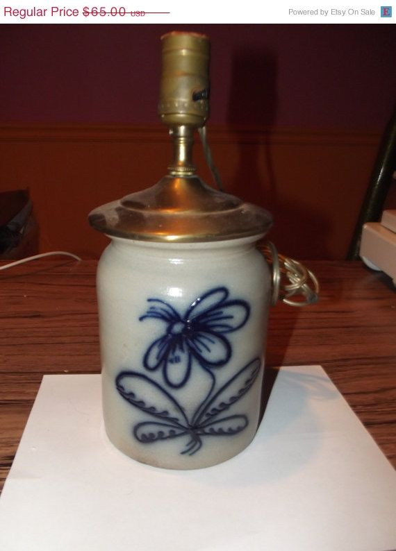 Christmas in July Vintage Gray/Blue Pottery Lamp, Works