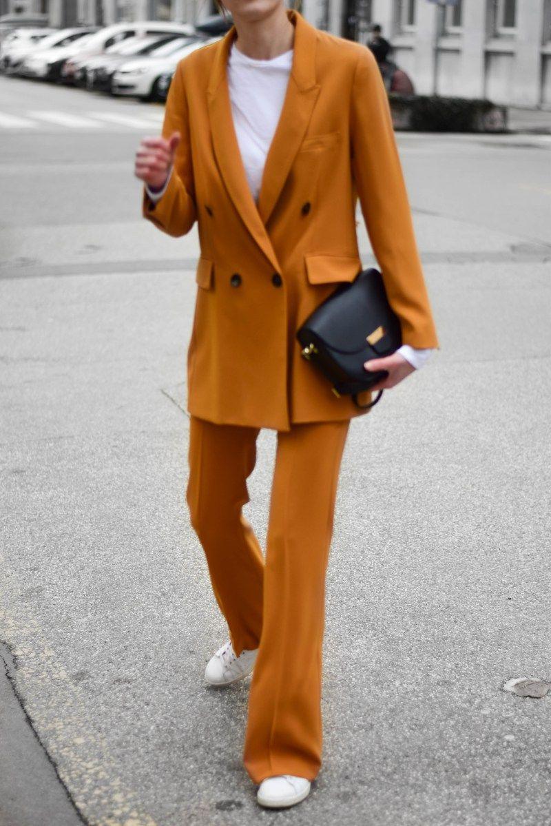 6ae508e70f0f Most famous ZARA mustard suit