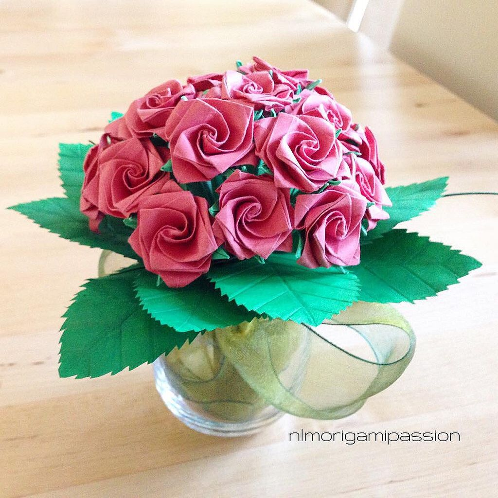 Some Roses Nlm Origami Passion Flowers Pinterest Rose Origami