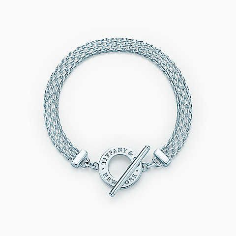 Tiffany Somerset™ toggle bracelet in sterling silver, medium at Tiffany & Co. in Market Street - The Woodlands